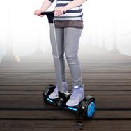 Balance Elektro Scooter mit Lenker, 360° Drehung, 15km/h, 20km Reichweite Eaxus