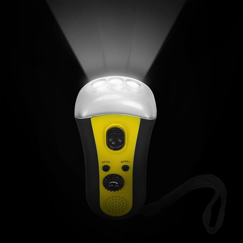 dynamo taschenlampe mit 3 leds fm radio und kurbel aufladen ohne batterien trade4less. Black Bedroom Furniture Sets. Home Design Ideas