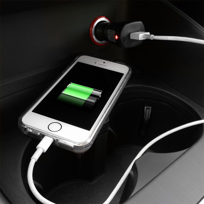 usb kfz adapter zum aufladen von smartphone navi. Black Bedroom Furniture Sets. Home Design Ideas
