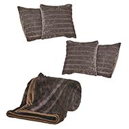 Weiche Fleecedecke inkl. 4 Kissenbezüge in Braun mit Bärenfelloptik, 40x40cm